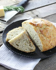 Crusty No Knead Bread with Rosemary, Lemon & Gruyere