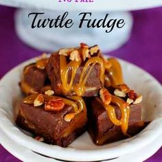 Looking for some yummy fudge recipes? Look no further! I've rounded up more than 60 Fabulous Fudge Recipes for all of your holiday baking needs!