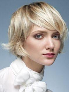 Short Layered Bob Haircuts with Bangs - Best Women Hairstyles Over 40 Hairstyles, Modern Bob Hairstyles, Hairstyles Pictures, Choppy Hairstyles, Bangs Hairstyle, Wavy Haircuts, Layered Hairstyles, Latest Hairstyles, Natural Hairstyles