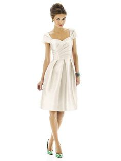 Alfred Sung Style D574 http://www.dessy.com/dresses/bridesmaid/d574/