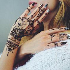 Oriental henna glove Veronicalilu