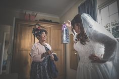 Hayley-and-Les-Wedding-Photography-The-Montagu-Arms-Hotel-Beaulieu-Hampshire-239.jpg