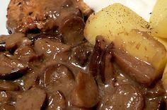 Polish Mushroom Sauce (for meat n taters) - MANY other Polish recipes/foods in this link