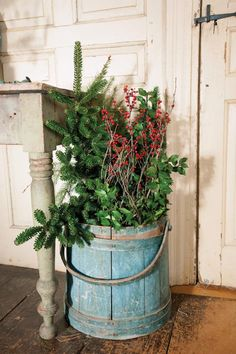 Understated Holiday Decorating for an Early Home - Old-House Online - Old-House Online
