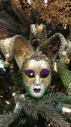 Small Mardi Gras Mask