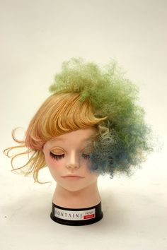 。 Mullet Hairstyle, Avant Garde Hair, Corte Y Color, Editorial Hair, Hair Reference, Creative Hairstyles, Pink Parties, Doll Hair, Crazy Hair