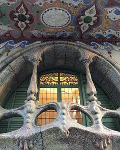 Casa Comalat Barcelona