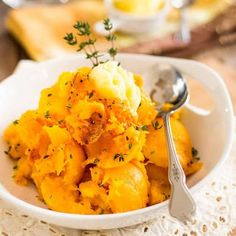 So simple yet so elegant, Oven Roasted Butternut Squash is a tasty and versatile side dish that goes good with just about anything, any time of day! Vegetarian Recipes, Cooking Recipes, Healthy Recipes, Whole30 Recipes, Medifast Recipes, Healthy Menu, Healthy Sides, Easy Recipes, Side Dish Recipes