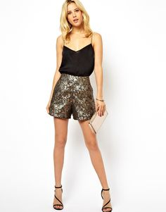 $59.07 Obsessed!!! Shorts by ASOS Collection Made from an easy-care poly fabric. Gold jacquard material. High-waisted cut. Zip-fastening to reverse. Regular fit.