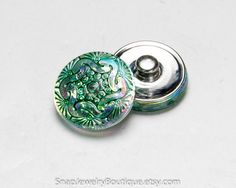 Snap button 18mm Czech glass, yellow turquoise green, fits Ginger Snaps, Magnolia & Vine, and Noosa jewelry, item R390
