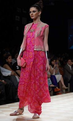 lakmi fashion week dress collection by Anita Dongre royal Indian Bridal Fashion, Indian Wedding Outfits, Indian Outfits, Indian Fashion Designers, Indian Designer Outfits, Designer Dresses, Dress Indian Style, Indian Dresses, Bandhini Dress