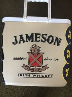 Painted Fraternity Coolers, Fraternity Paddles, Sorority Paddles, Frat Coolers, Sorority Crafts, Sorority Recruitment, Formal Cooler Ideas, Coolest Cooler, Sorority Big Little