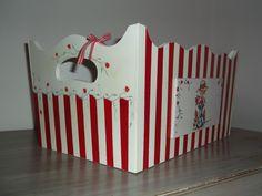 porta cosmeticos bebe con vaquita de san antonio - Buscar con Google