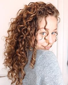 Dreadlocks, Make Up, Simple, Hair Styles, Beauty, Perms, Coiffure Facile, Maquillaje, Hair Makeup