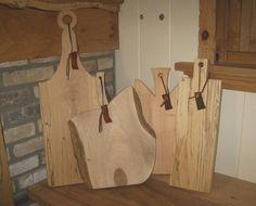 Snijplanken en serveerplanken van notenhout, Amerikaanse grenen, beuken of kersenhout te bestellen via de  webshop: www.Oak66.nl.