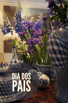 Flowers and porcelain in decoration. #decor #interior #design #dining #lunch #casadevalentina
