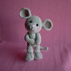 Morris the Mouse free Ravelry PDF crochet pattern