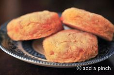 Southern Sweet Potato Biscuits  I love all things sweet potato.  I have made sweet potato rolls before.  Plus I like this website.