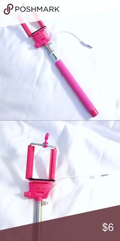 """🖤💙 P I N K  S E L F I E  S T I C K Used twice - full working order • Bright Pink • Selfie Stick • brand Tzumi • measures approx. 31"""" when fully pulled out • bundle and save 🌻 Tzumi Other"""