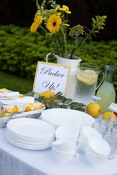 Sunflowers, pucker up, printed yellow sheets/pillow cases for tablecloths