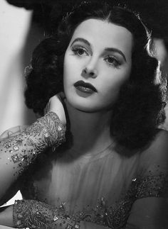 Opulence is the End — gatabella: Hedy Lamarr Old Hollywood Glamour, Golden Age Of Hollywood, Vintage Glamour, Vintage Hollywood, Vintage Beauty, Classic Hollywood, Vintage Hair, Divas, Hedy Lamarr