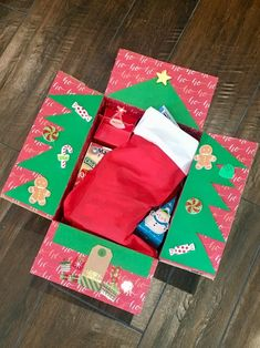 Care package available through Box Club - For College Moms. Join one of our groups to make your own, or purchase a kit or a ready-to-ship box. Christmas Gifts For Boyfriend, Christmas Gifts For Her, Boyfriend Gifts, Christmas Crafts, Christmas Ideas, Xmas, Christmas Christmas, Holiday Ideas, Christmas Decorations