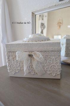 Boite ou coffret à bijoux romantique, dentelle écru : Accessoires de maison par latelierdeso