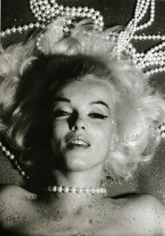 Marilyn Monroe, 3 day photoshoot for Vogue at Bel Air Hotel on June 1962 (The Last Sitting) // by Bert Stern Bert Stern, Marilyn Monroe Old, Pin Up, Photographie Portrait Inspiration, Norma Jeane, Birthday Woman, Photography Women, Photography Office, Photography Articles