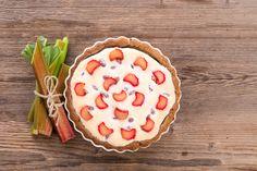 Ciasto z rabarbarem i cukrem pudrem