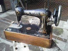 Cajon maquina de coser antigua