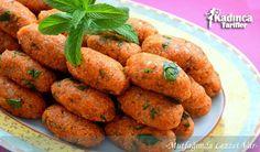 Patates Köftesi Tarifi nasıl yapılır? Patates Köftesi Tarifi'nin malzemeleri, resimli anlatımı ve yapılışı için tıklayın. Yazar: Mutfağımda Lezzet Var