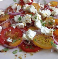 Tomato, onion and feta salad is a very EASY SUMMER SALAD - this one was ready in under 15 minutes! Bursting with flavour and very inexpensive to make.