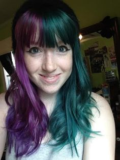 Half Dyed Hair, Dying My Hair, Teal Hair, Make Me Up, One Color, Different Colors, Thats Not My, Cool Hairstyles, Hair Makeup