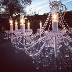Who can say no to a chandelier ✨✨ up close and personal, getting things set for this weekend! #rentals #chandelier #chandelierrental #vpevents #santacruz #santacruzwedding #monterey #montereywedding #carmel #carmelwedding #wedding #bayarea #bayareawedding #bayareaweddings #eventdecor #eventdesign