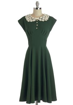 Dancing Date Dress in Fern. No matter the music, youre ready to dance in this fern-green dress! #green #modcloth
