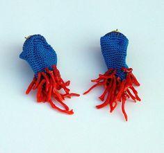 Earrings 2006 / silver, silk, coral