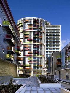 Amazing Architecture - Icona colourful building