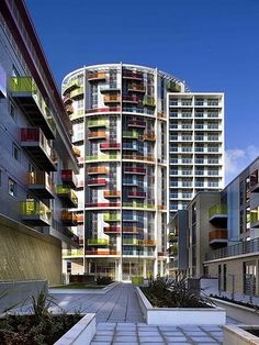 Amazing Architecture - Icona colourful building