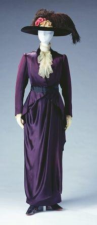 Ca. 1910 Pierre Bulloz, Paris, France, day dress, silk satin bodice