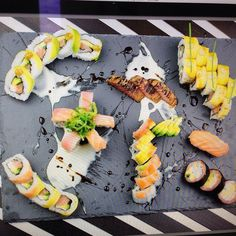 """@Regrann from @luismartinezchef -  Muy buen provecho para todos .Te gusta lo que ves? si es asi no puedes perderte nuestro próximo #taller de """"sushi basico"""" donde aprenderemos a preparar desde el arroz (gohan) hasta preparaciones como TATAKI y TEMPURA.  Aprende a obtener el 100% de los productos desarrollando tus propios procesos creativos. Iniciate en esta Milenaria cultura  Gana conocimientos técnicas y lexico gastronómico . """"SOLO NOS QUEDAN 4 CUPOS """" DIA : SÁBADO 14 DE MAYO  INFO…"""