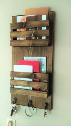 2 Tier Mail Organizer, Mail Holder, Mail, Rustic Organizer, Personalized Option Available Wooden Pallet Projects, Small Wood Projects, Woodworking Projects Diy, Pallet Ideas, Mail Organizer Wall, Diy Organizer, Mail Organization, Bar Outdoor, Outdoor Pallet