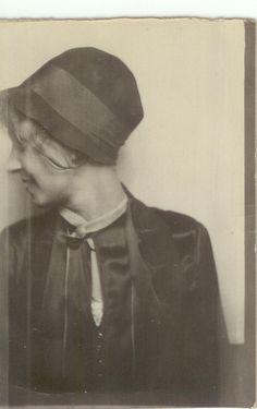 . Mug Shots, Vintage Ladies, Annie, Crime, Photography, Photo Booth, Photograph, Photography Business, Photoshoot