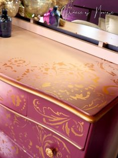 Dressing Table And Chest Of Drawers, Dressing Table Paint, Small Chest Of Drawers, Pink Furniture, Metal Furniture, Mirror Trim, Vintage Dressing Tables, Furniture Painting Techniques, Vintage Chest