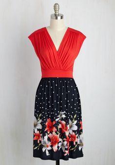 3ce58ee902e5 Poolside Setlist Dress in Floral Maxi Wrap Dress