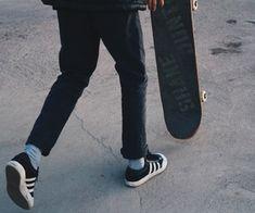 skate and teenager Bild