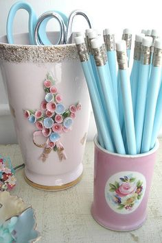I could very merrily have a whole office or studio done up in these sweet, vintage inspired blue and pink hues.