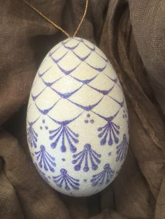 Today's Egg!! Polish Easter, Carved Eggs, Paint Drop, Easter Egg Designs, Hand Painted Ornaments, Murano, Egg Art, All Craft, Egg Decorating
