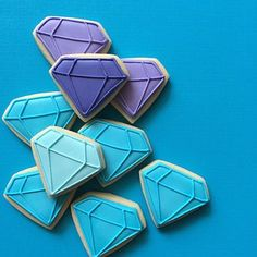21 Wedding Photos You'll Want To Pin Immediately: #2. These absolutely perfect gem cookies.