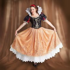 Snow White Costume for Adults - Limited Edition - Disney Fairytale Designer Collection. okay, I don't even like Disney and I think this is badass. Buy Costumes, Theatre Costumes, Adult Costumes, Halloween Costumes, Disney Costumes, Snow White Costume, White Costumes, Snow White Disney, Fairytale Fashion