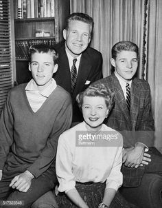 Photo d'actualité : Cast of the television show The Adventures of...